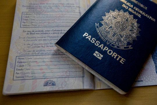 documentação para imigração canadense